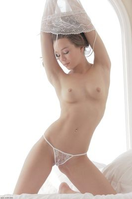 Leslie escort girl Bellevigne-en-Layon