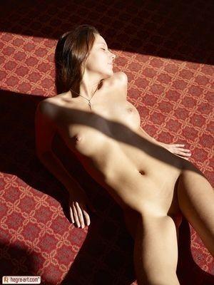 Elena escort girl Baie-Mahault