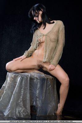 pute Angelina